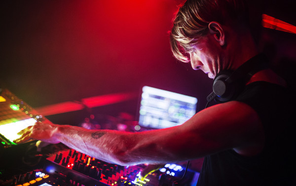 la-et-ms-richie-hawtin-ean-golden-cntrl-edm-preview-20150424 (1)