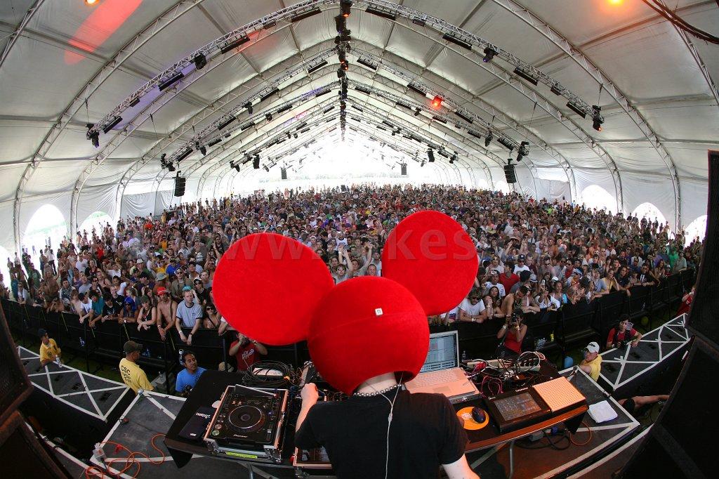 deadmau5-tent