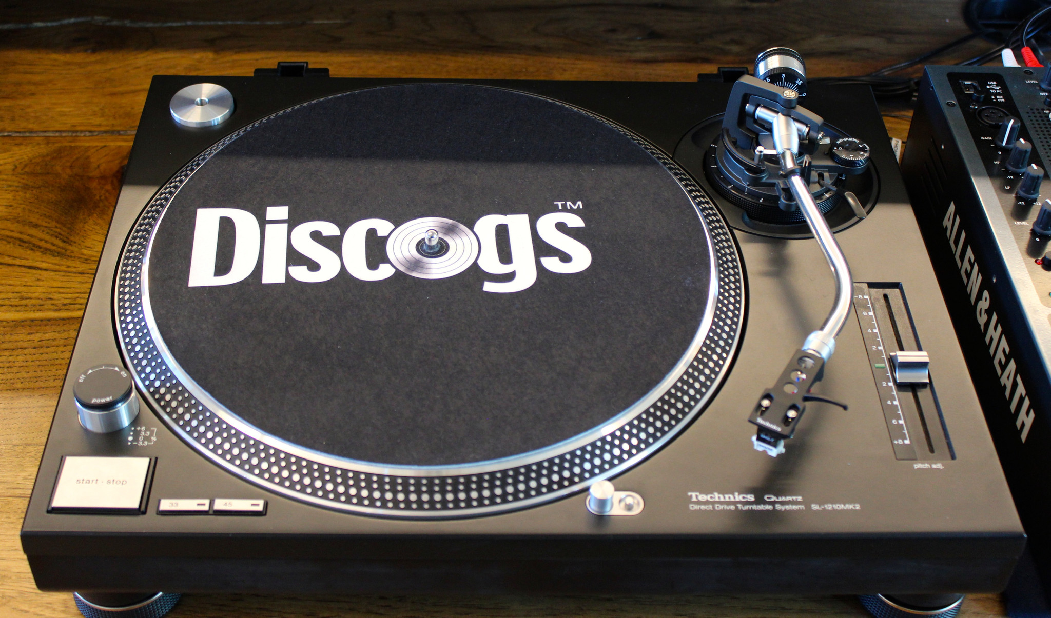 Discogs Relaunches Vinylhub Record Store Database 6am