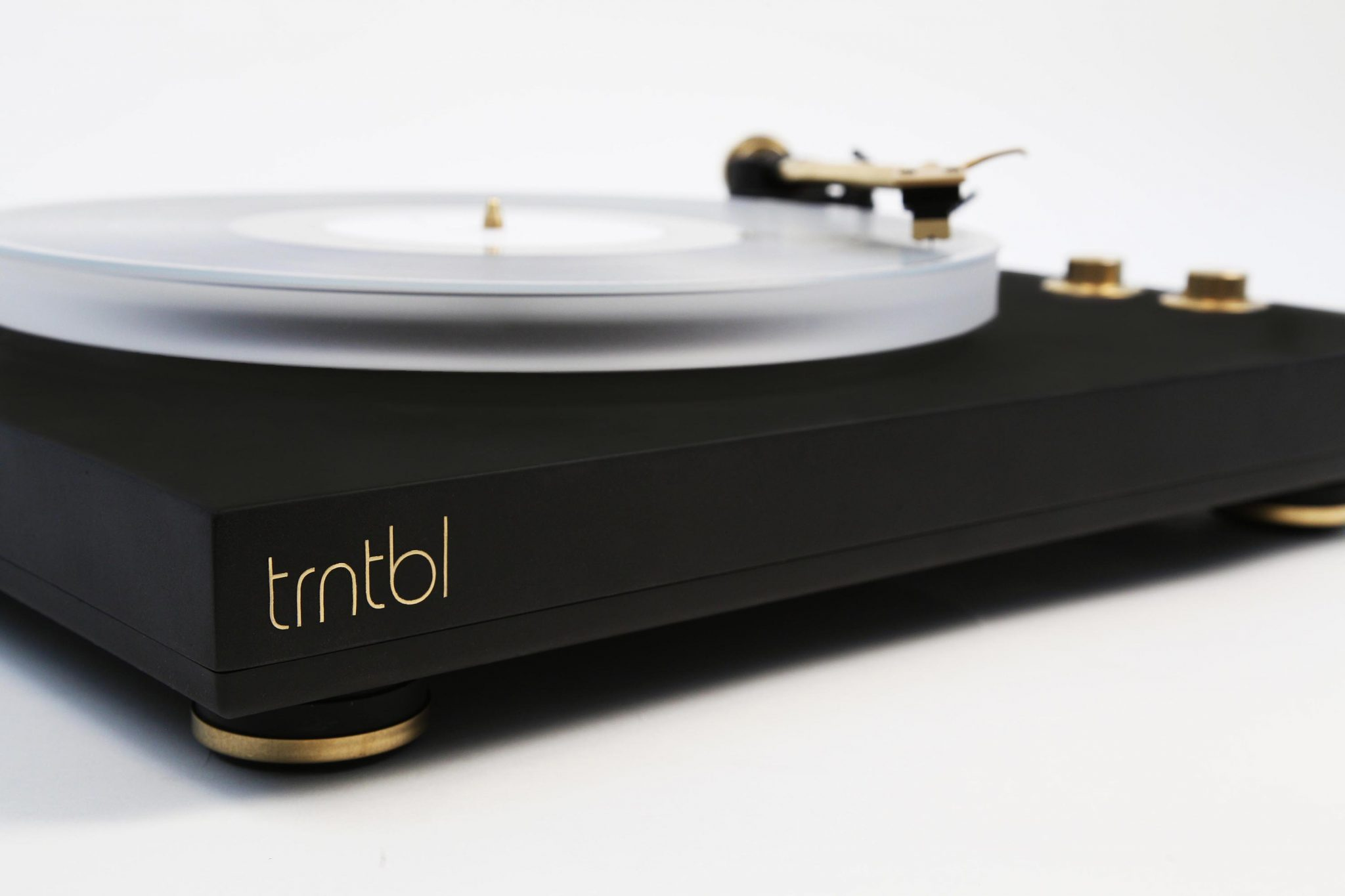 Trntbl The World S First Wireless Vinyl Record Player Is