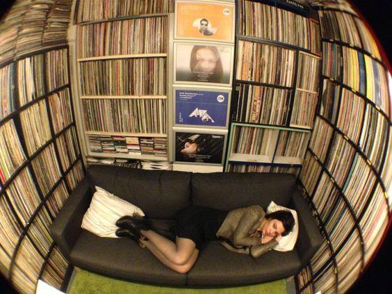 Nina Kraviz records