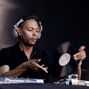 Jeff Mills Cancels Headline Performance After Being Hit By A Bottle