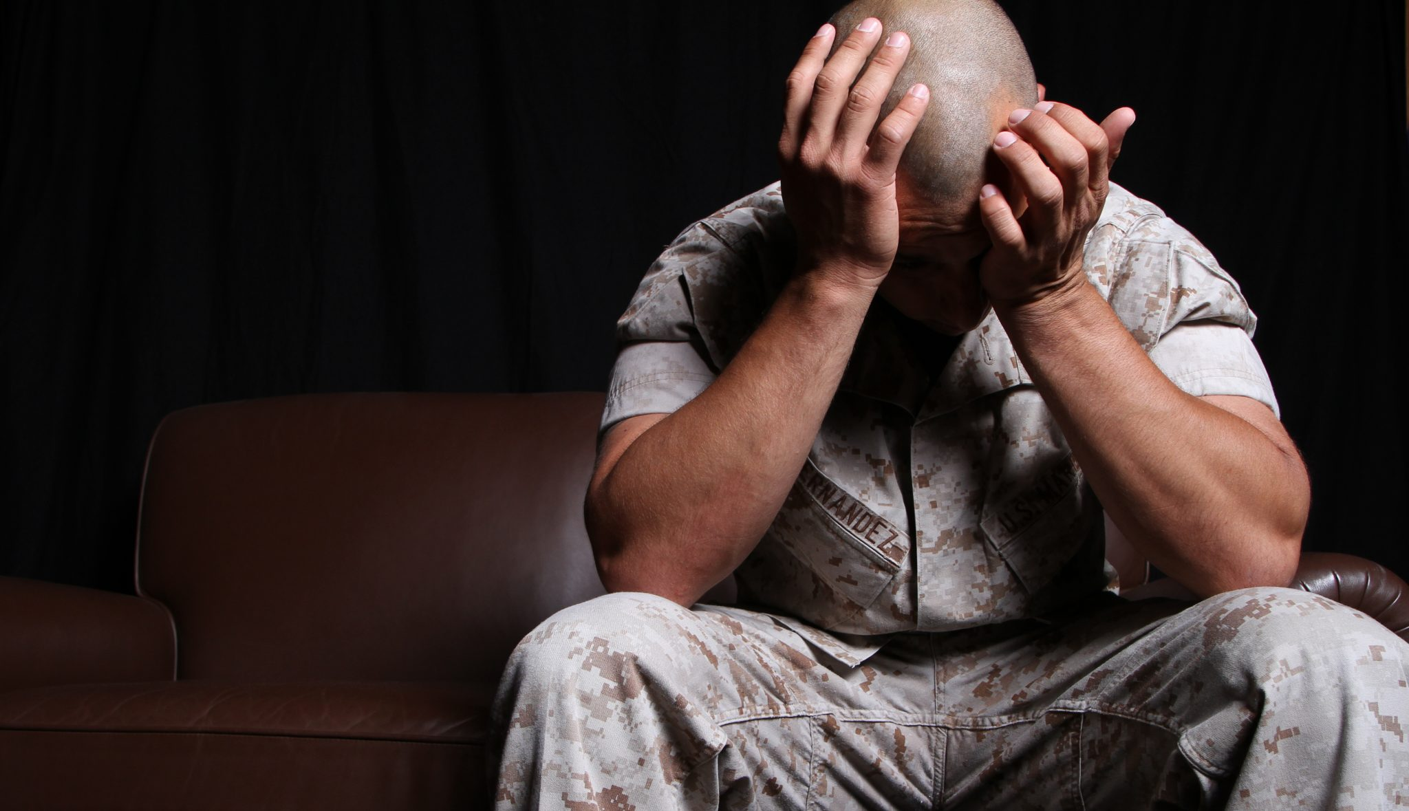 soldier suffering from post traumatic stress disorder