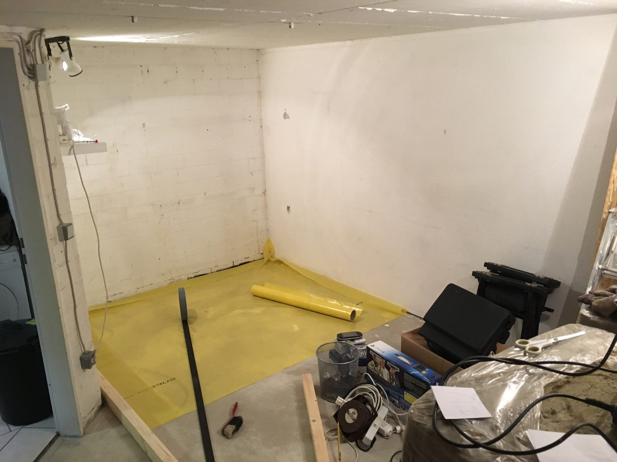 Start of building of the room in a room