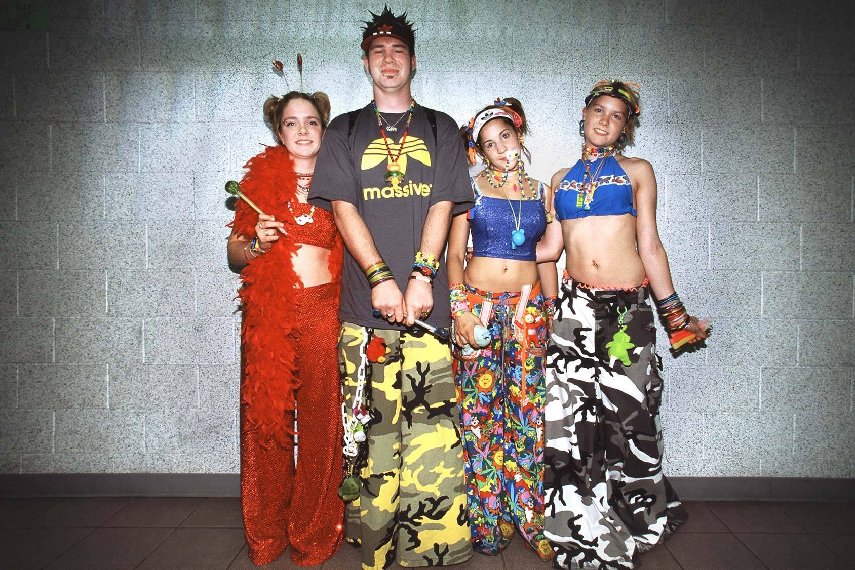 90s Style Fashion & Clothing | ModCloth