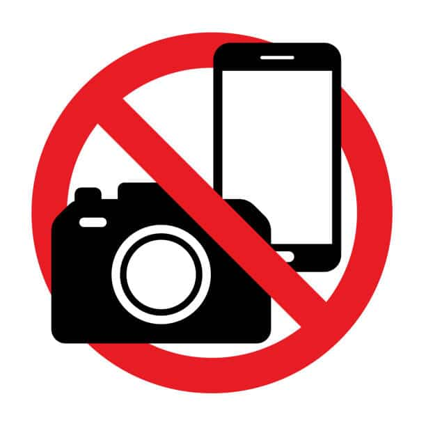 No Flash: Should Phones be Banned from the Dancefloor?
